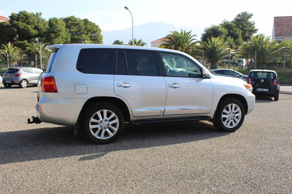 toyota land cruiser sw vdj 200 v8 d 4d 4x4 bva seq pack lounge 7 places hdj 114000 km d. Black Bedroom Furniture Sets. Home Design Ideas