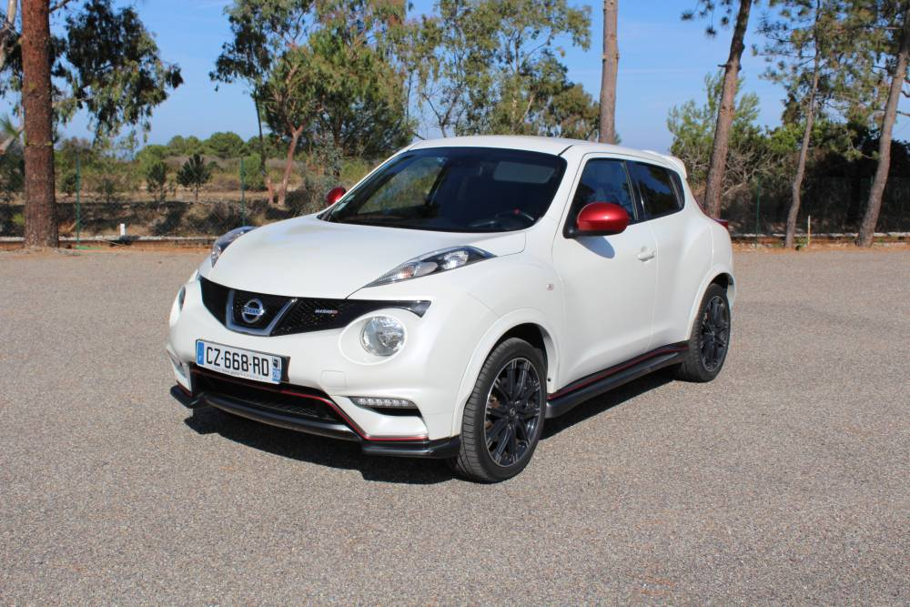 nissan juke 1 6l turbo es dig tu 200cv bte 6vt sport 4x2 pack sport luxe 5 portes 10 2013. Black Bedroom Furniture Sets. Home Design Ideas